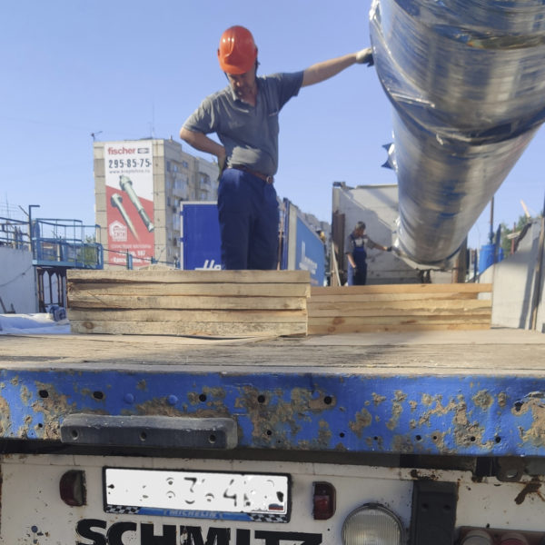 Поставка двух котлов длительно горения типа КВС-2,0 с верхней загрузкой в Республику Бурятия